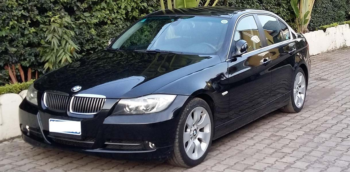 Luxury Car Rental in Rwanda